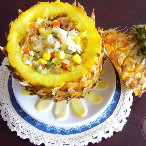 混搭菠萝饭
