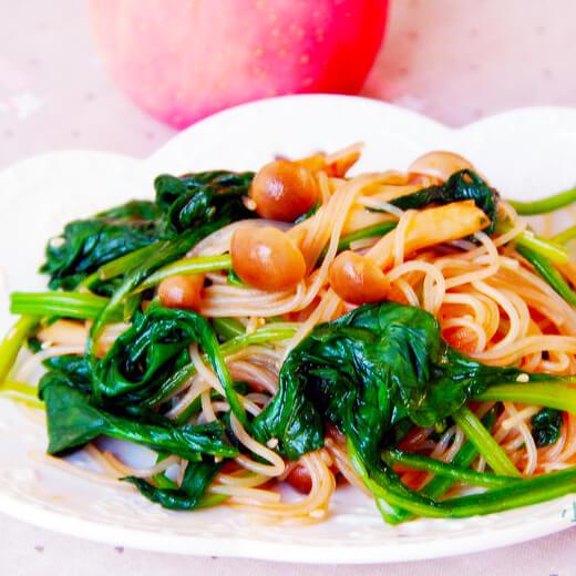 色香味俱全的虾米菠菜拌粉丝