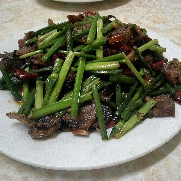 青椒小木耳炒酱牛肉