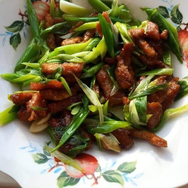 简单版熟肉炒元葱