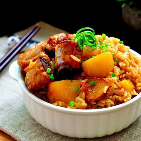 排骨香菇土豆焖饭