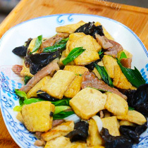 黑木耳豆腐炒肉片