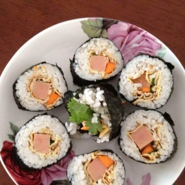 自制鲜虾沙拉寿司