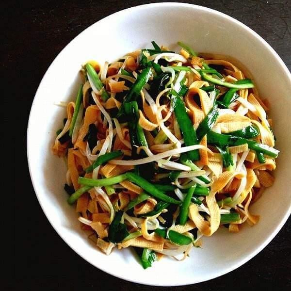 菠菜炒豆腐丝