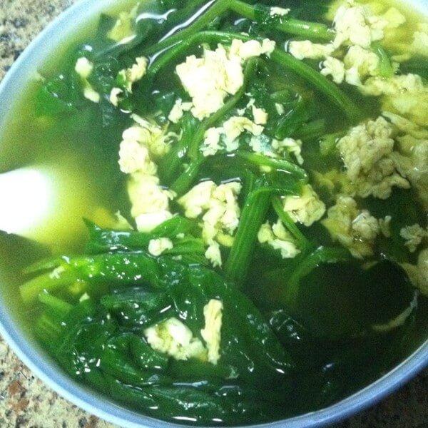 零厨艺版菠菜鸡蛋汤