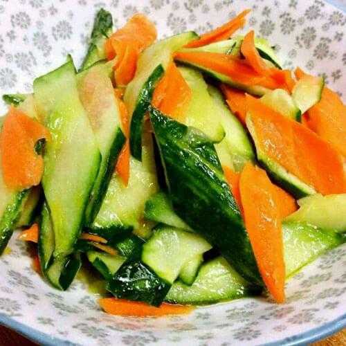 胡萝卜炒青瓜
