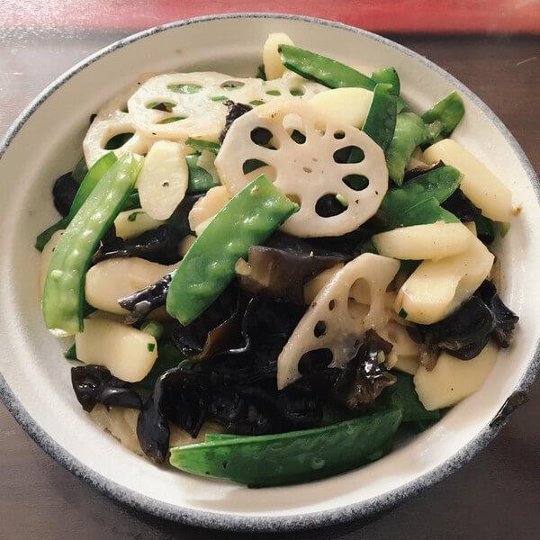 家常毛豆炒嫩藕