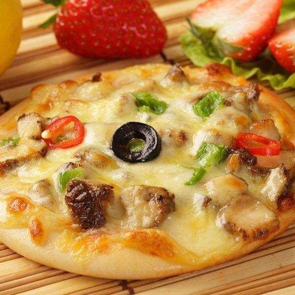 鲟鱼迷你小披萨