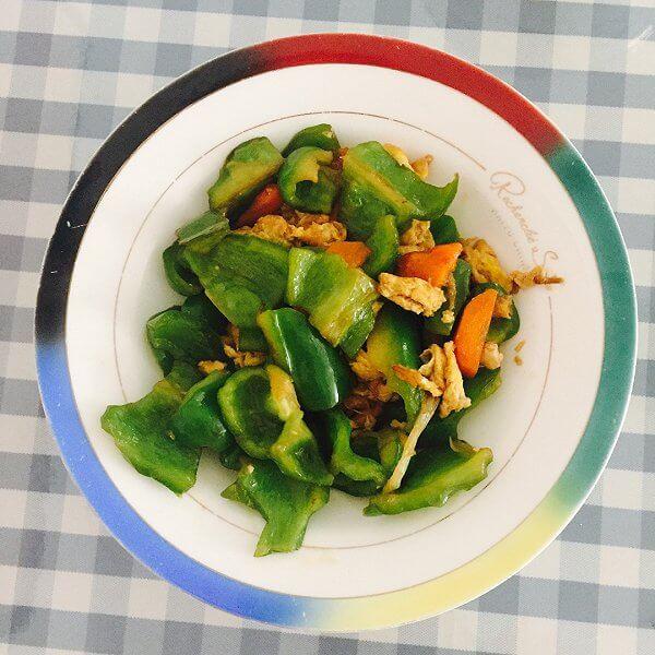 青椒烧萝卜