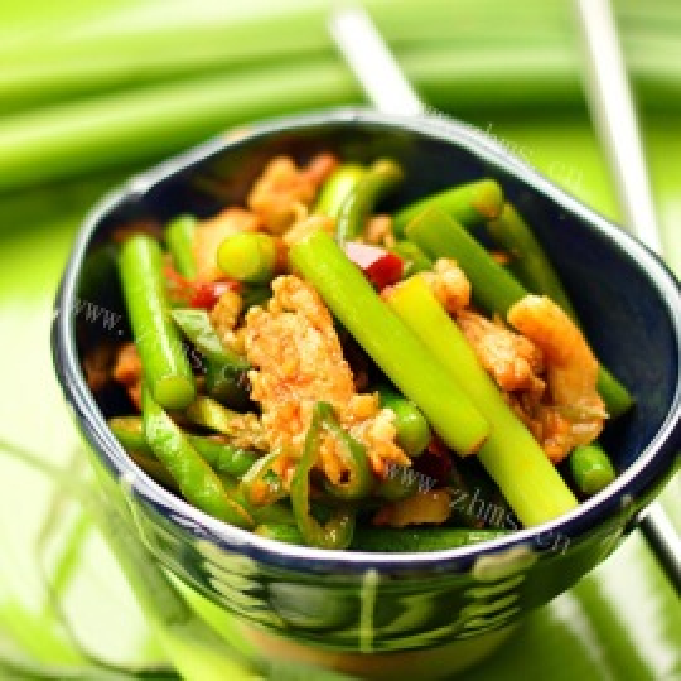 蒜苔香煎肉