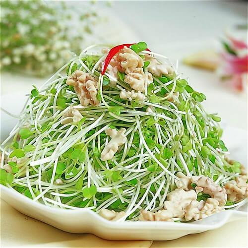豌豆苗炒肉