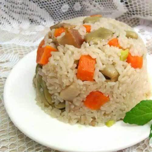蚕豆胡萝卜焖饭