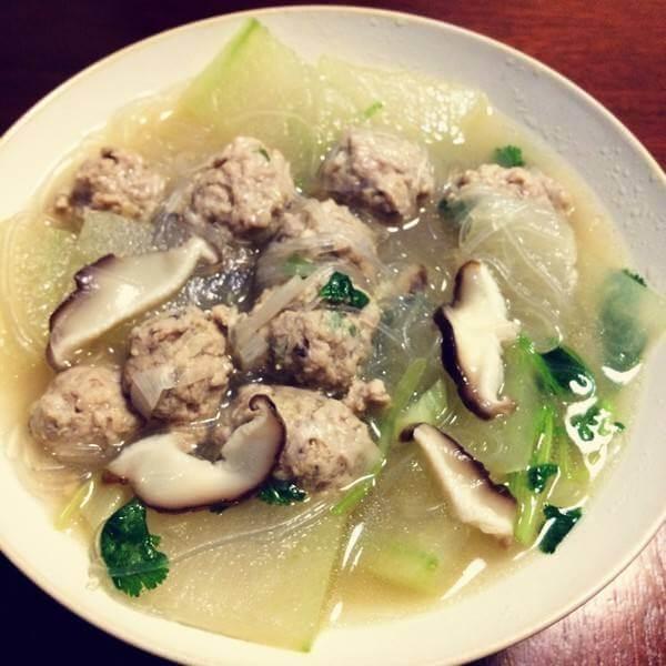 香菇鸡丸汤