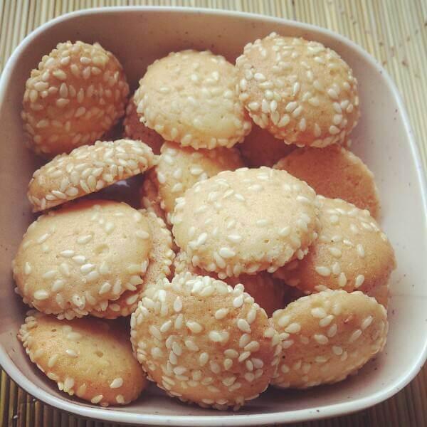 薯香芝麻牛奶饼