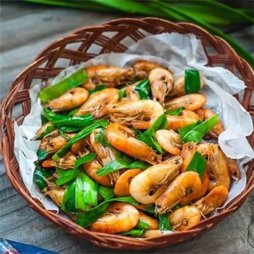 小葱炒河虾