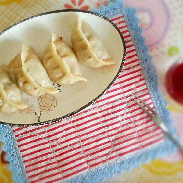 韭菜鸡蛋虾仁煎饺