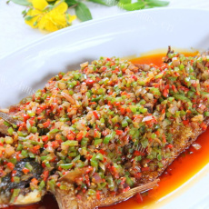 自制美食剁椒海鱼