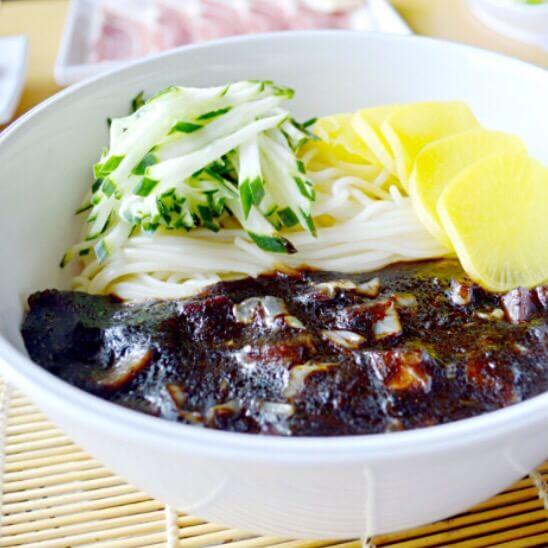韩式杂酱面