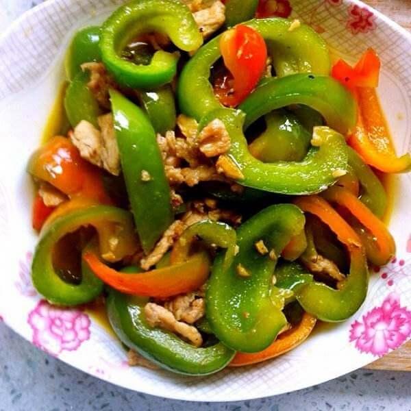 彩椒炒荷兰豆
