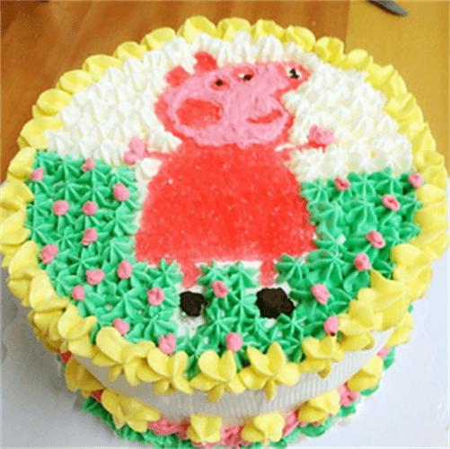 可爱小猪生日蛋糕