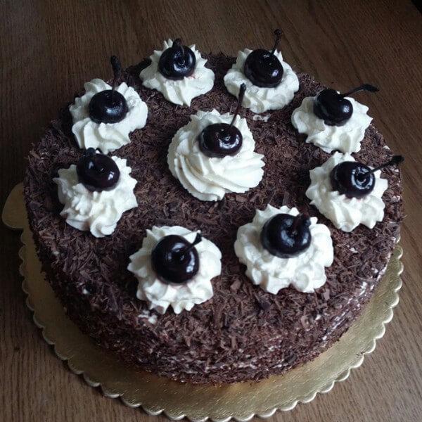 心形黑森林蛋糕