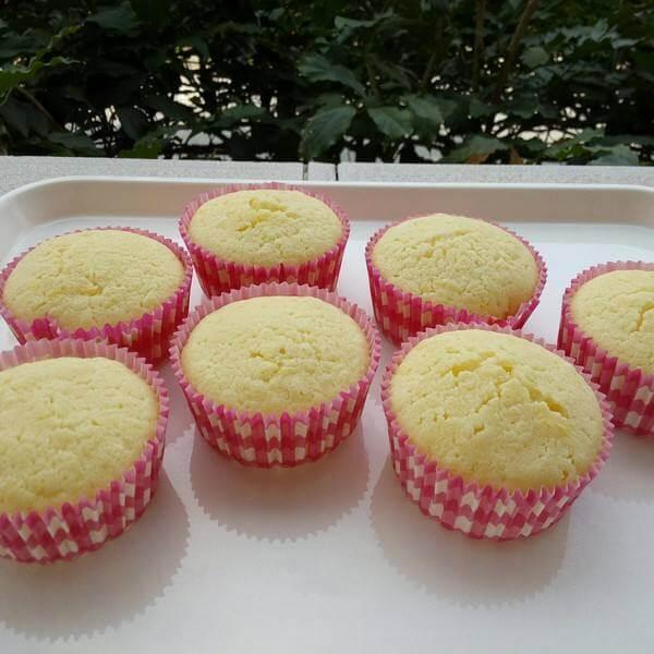 柠檬糖霜蛋糕