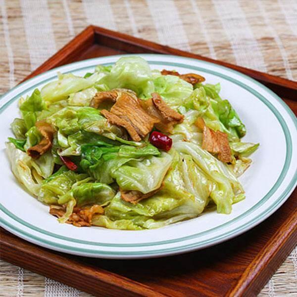 双椒炝包菜