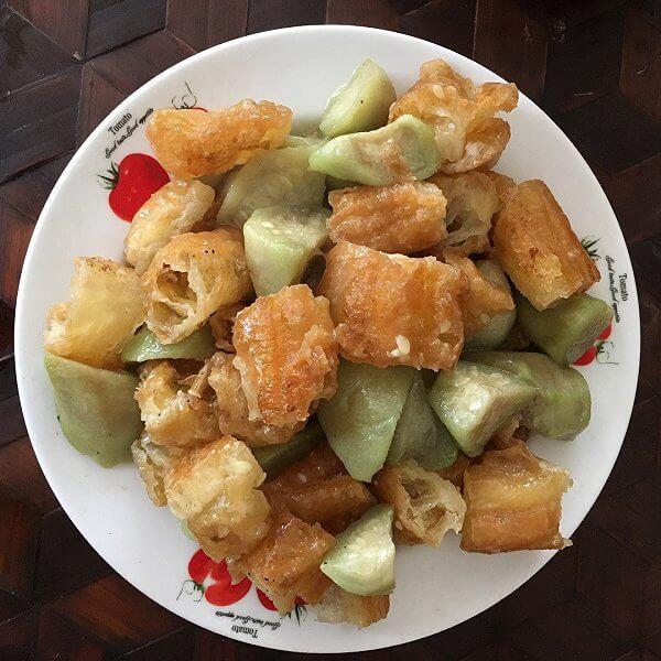 尖椒黄瓜炒油条
