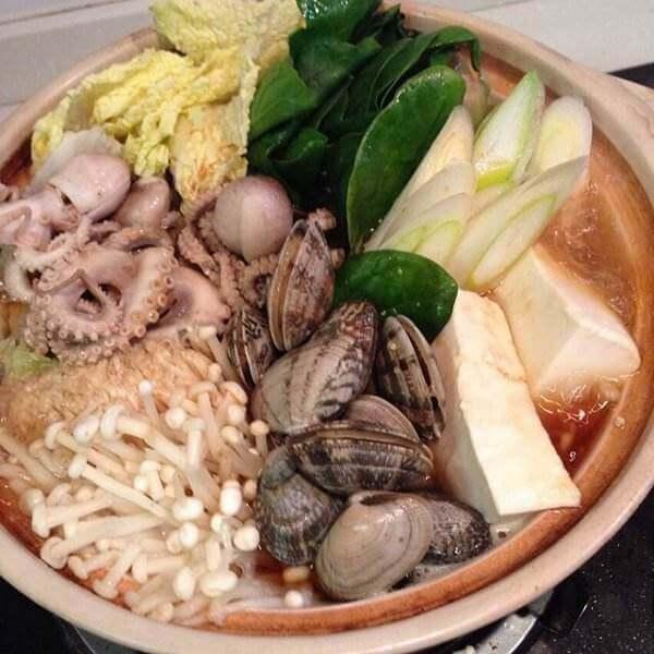 香喷喷的海鲜杂锅