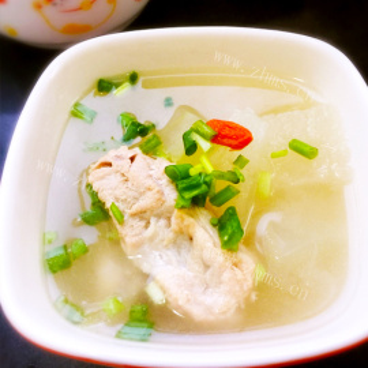 青菜腊鸡腿排骨汤