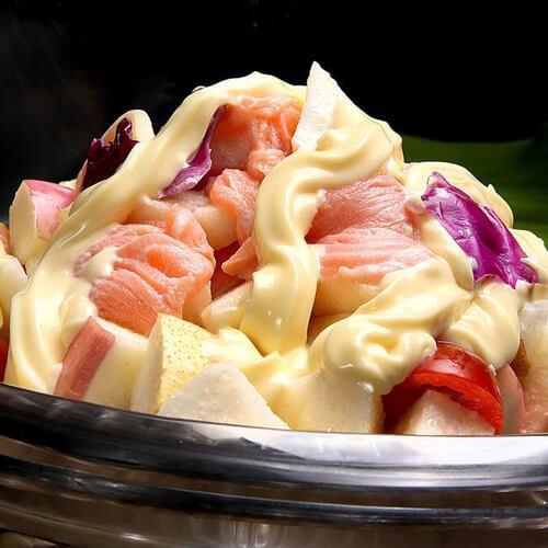三文鱼水果沙拉