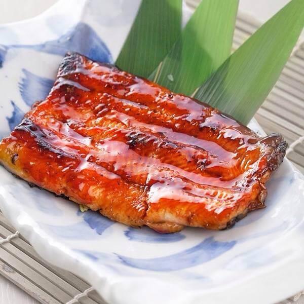 潮汕咸菜烧鳗鱼