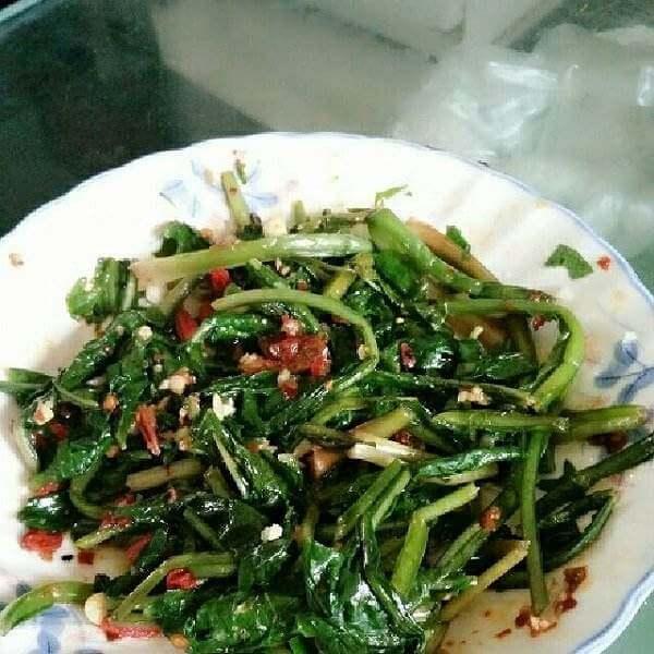 薄公英蒸菜