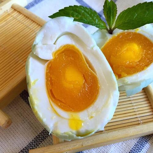腌五香咸鸭蛋