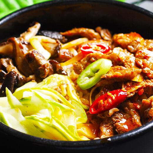牛肉石锅拌饭