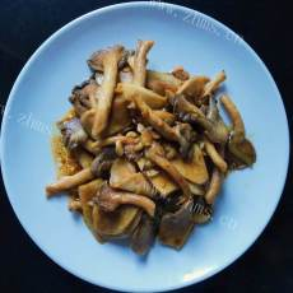 美味凉拌秀珍菇