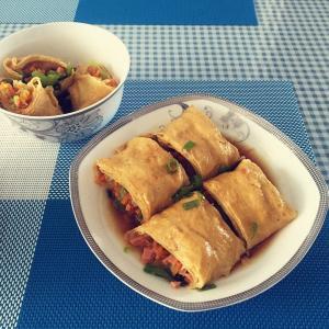 腐皮菠菜肉卷