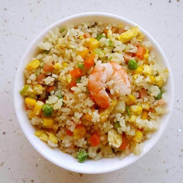 鲜蔬炒米饭
