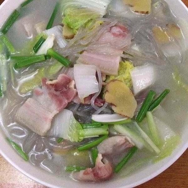 白菜咸肉炖粉条