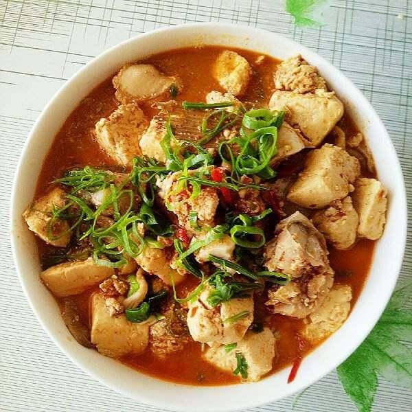 小花菇炖豆腐