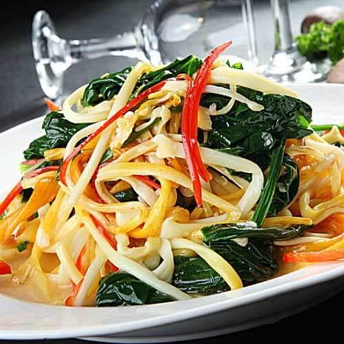 豆腐丝拌菠菜