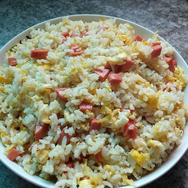 粟米火腿炒饭