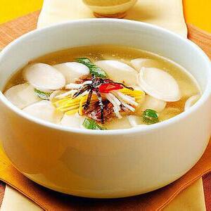 鸡汤炖魔芋胡萝卜