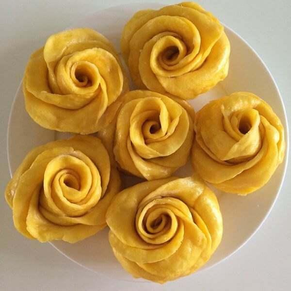奶油葱花卷
