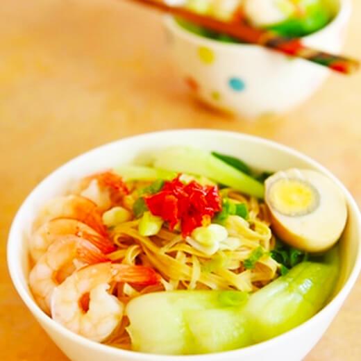 鲜鲍虾子面汤