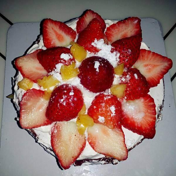 鲜果奶油裸蛋糕