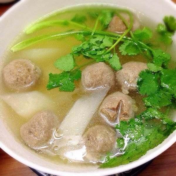 鲅鱼瘦肉白萝卜汤