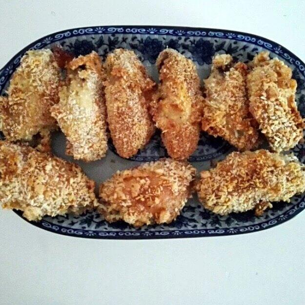面包糠烤鸡翅