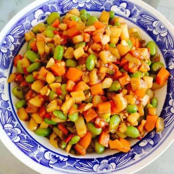 土豆胡萝卜沙拉丁