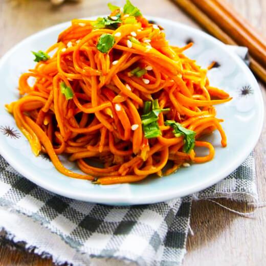虫草菇炒菜芯